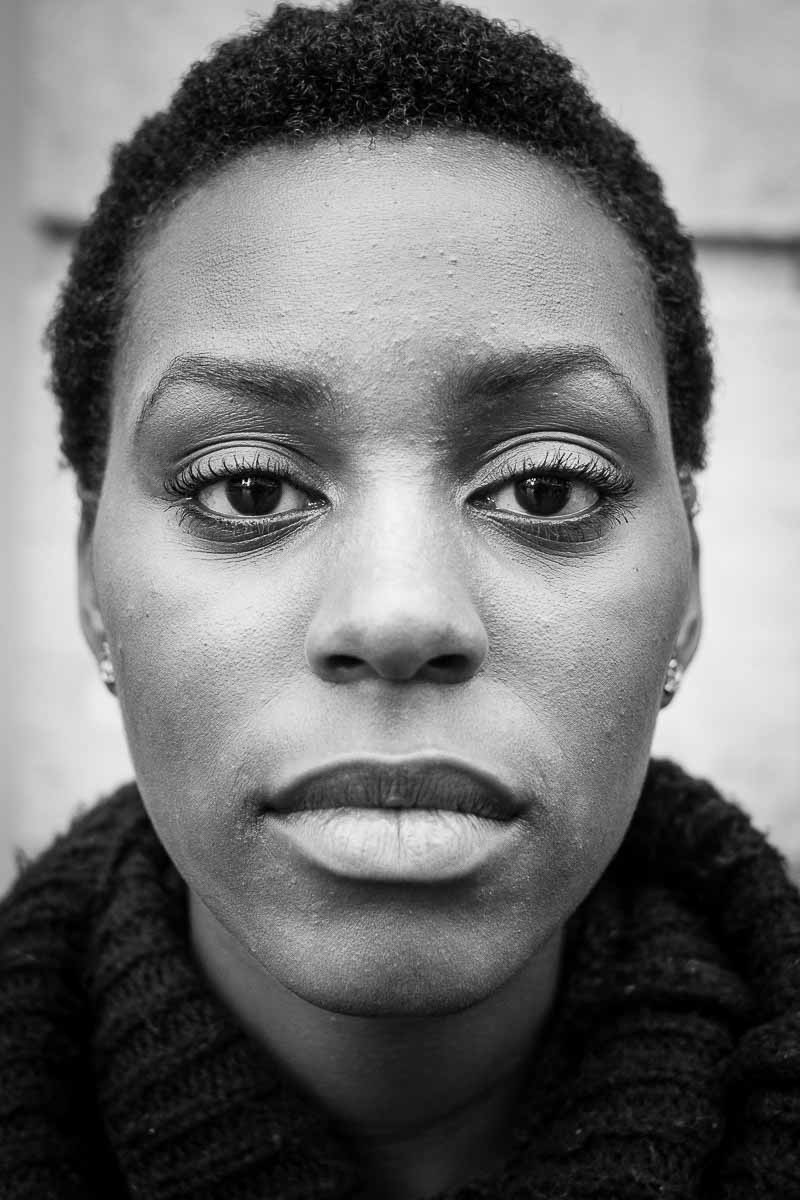 Black and white closeup portrait of a woman from Burundi taken in Brussels