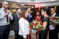Surprise flower gifts for the organizers during the Turkish Cargo Award Ceremony