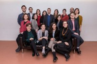Business portrait of a group of 17 people in Brussels