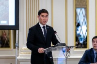 Chingiz Aidarbekov gives a presentation during the 9th meeting of the WGECC in Brussels