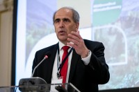Peter Burian giving a speech during the 9th meeting of the WGECC in Brussels